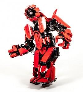 Cyclops mk II is a LEGO MINDSTORMS humanoid robot